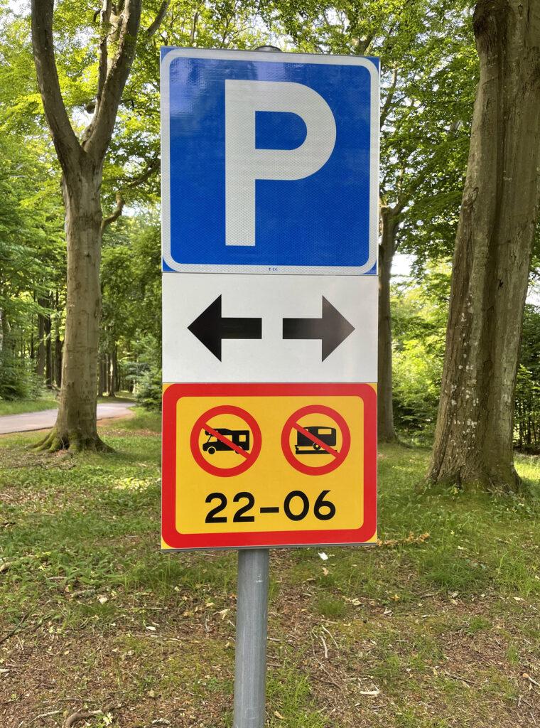 trafikskylt för parkering